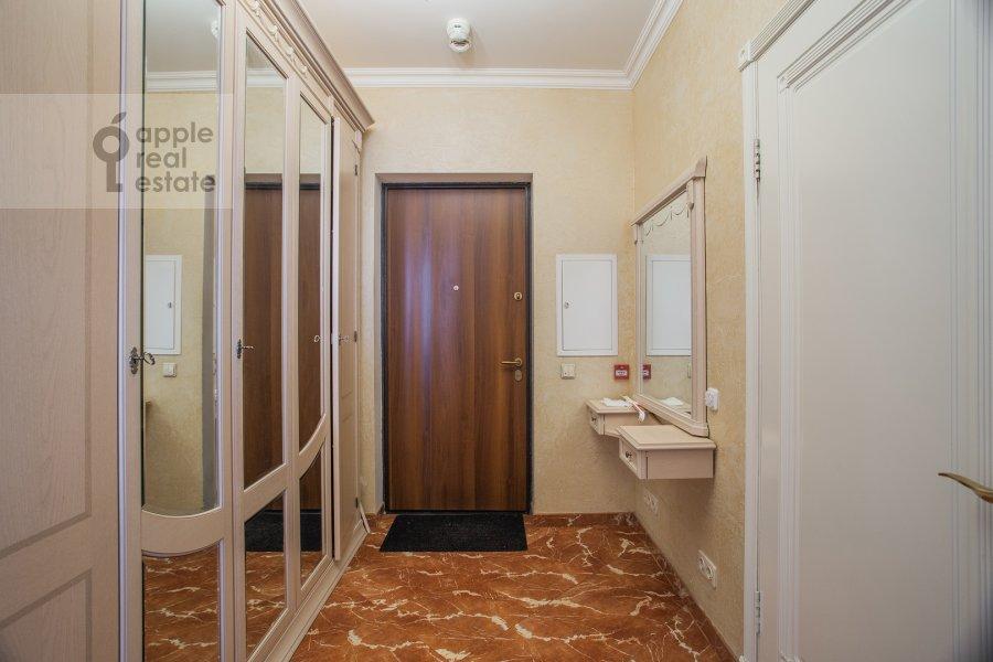 Коридор в 2-комнатной квартире по адресу Удальцова ул. 17к1