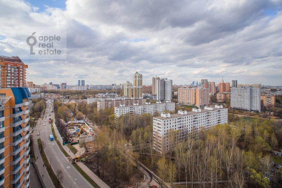 Вид из окна в 2-комнатной квартире по адресу Удальцова ул. 17к1