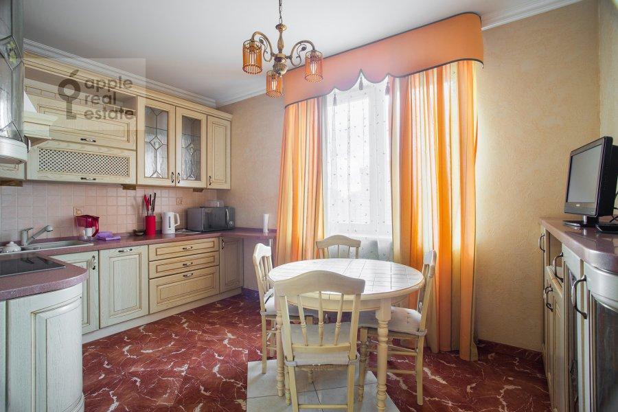 Кухня в 2-комнатной квартире по адресу Удальцова ул. 17к1