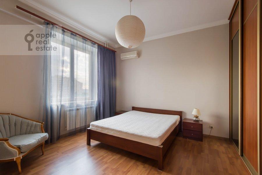 Bedroom of the 2-room apartment at Taganskaya ul. 36k2