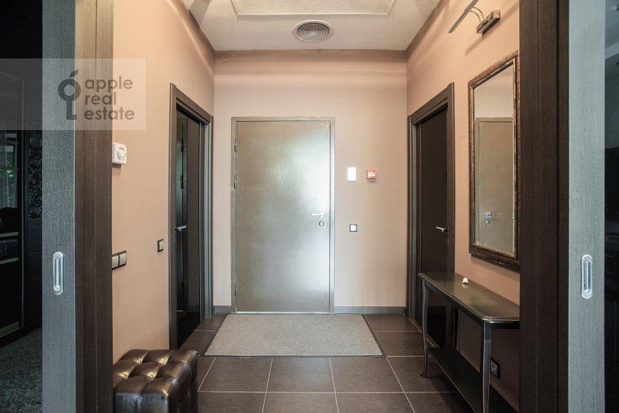 Коридор в 1-комнатной квартире по адресу Новый Арбат ул. 32