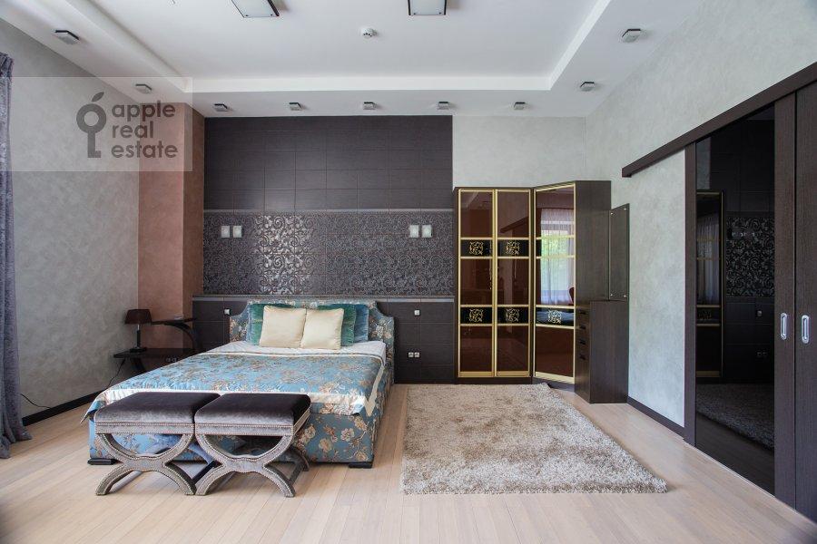 Спальня в 1-комнатной квартире по адресу Новый Арбат ул. 32