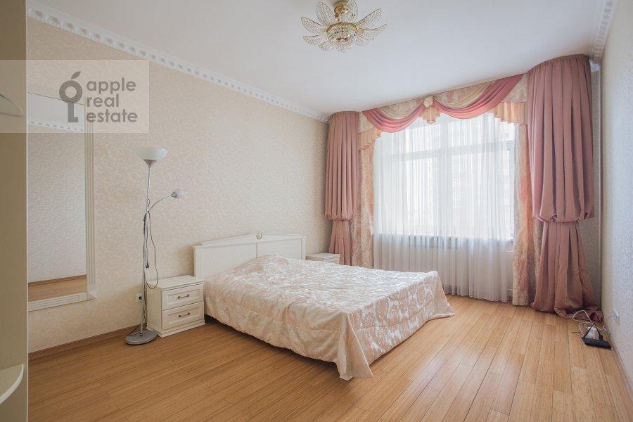 Спальня в 5-комнатной квартире по адресу Чапаевский пер 3