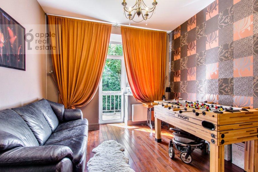 Bedroom of the 6-room apartment at Dosflota pr. 16k1