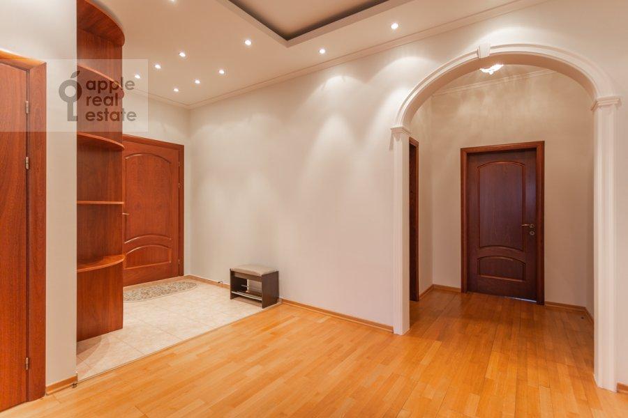 Corridor of the 3-room apartment at Protopopovskiy per. 17k3