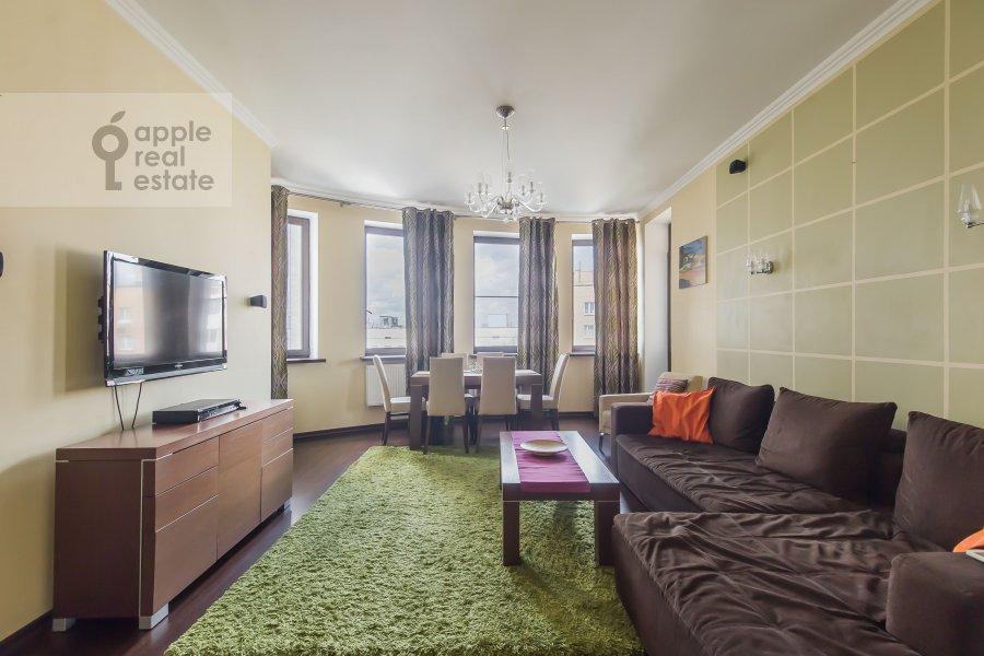 Living room of the 4-room apartment at 3-ya Krasnogvardeyskaya ulitsa 3