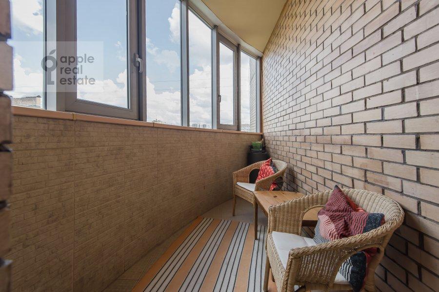 Balcony / Terrace / Loggia of the 4-room apartment at 3-ya Krasnogvardeyskaya ulitsa 3