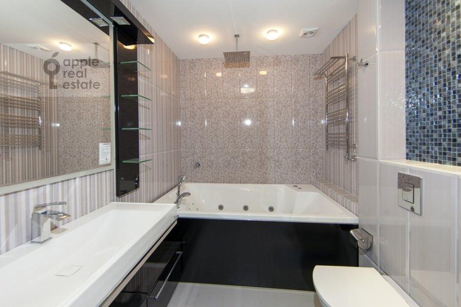 Bathroom of the 3-room apartment at Khoroshevskoe sh. 12k1