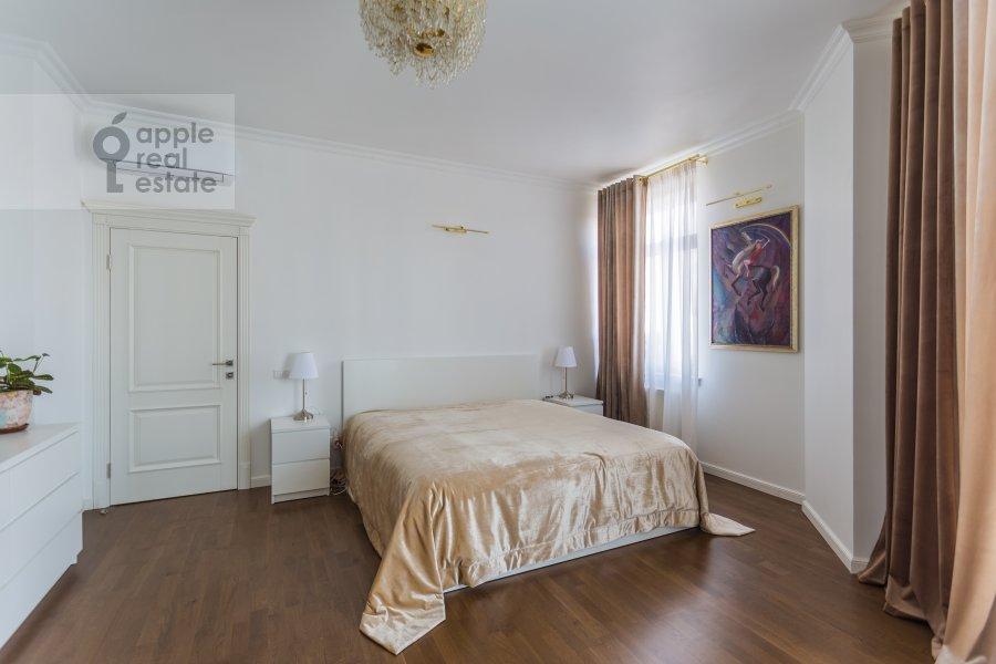 Спальня в 4-комнатной квартире по адресу Староволынская ул. 12к4