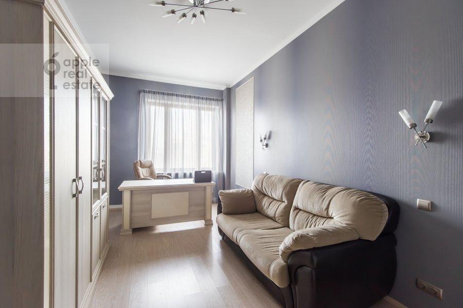 Детская комната / Кабинет в 4-комнатной квартире по адресу Арбат Новый ул. 27