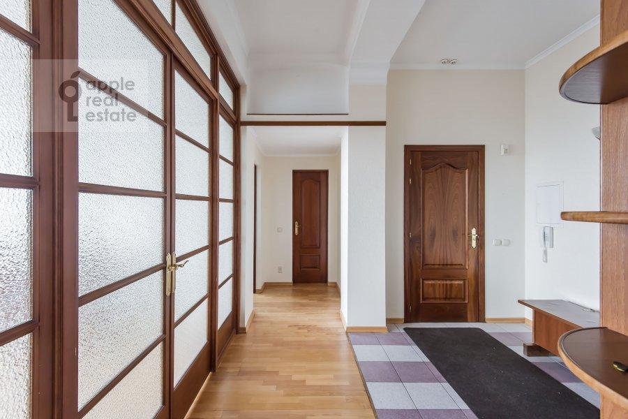 Коридор в 3-комнатной квартире по адресу Образцова ул. 3