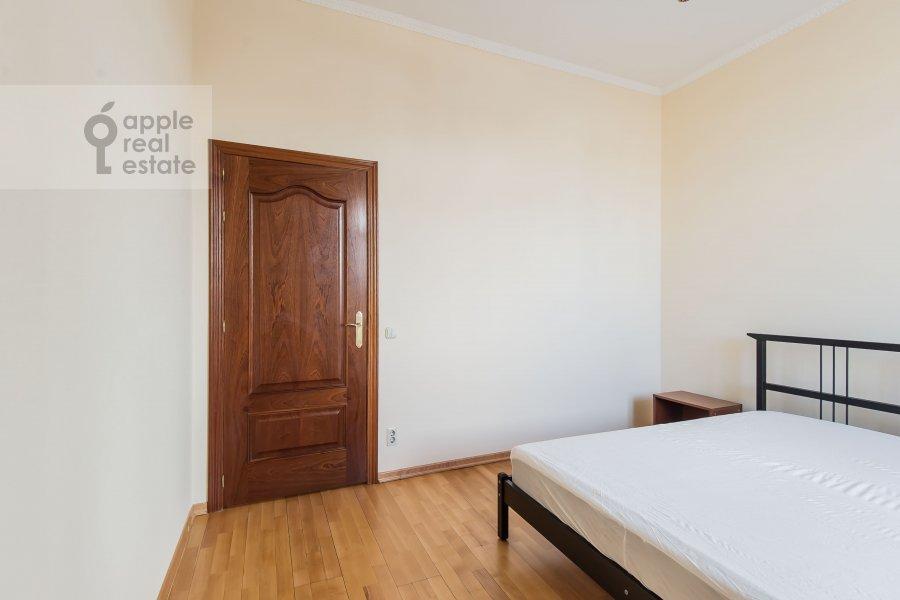 Спальня в 3-комнатной квартире по адресу Образцова ул. 3