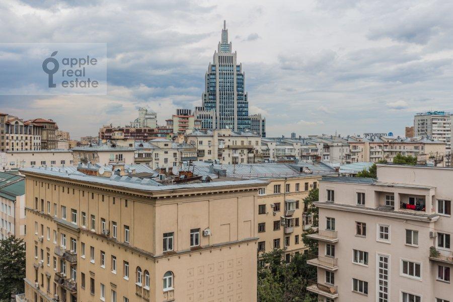 Вид из окна в 4-комнатной квартире по адресу 1-ый Тверской-Ямской пер. 11