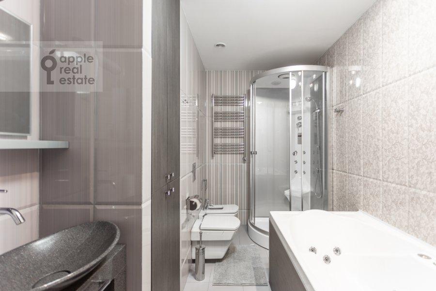 Санузел в 2-комнатной квартире по адресу Хорошевское шоссе 16к2