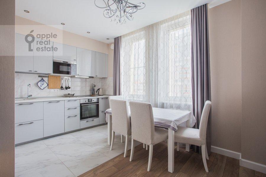 Кухня в 3-комнатной квартире по адресу Мосфильмовская ул. 88к2с4