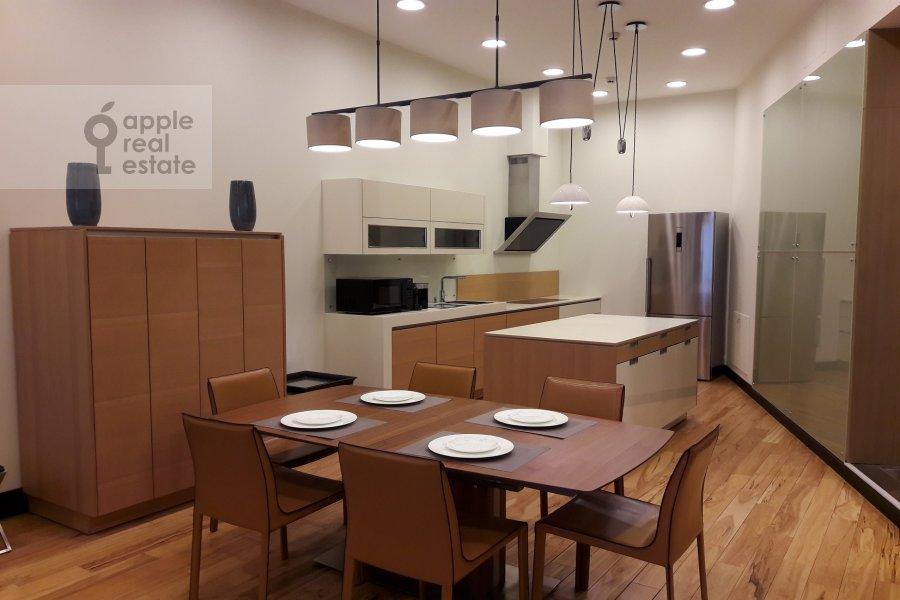 Kitchen of the 4-room apartment at Tsvetnoy bul'v. 2