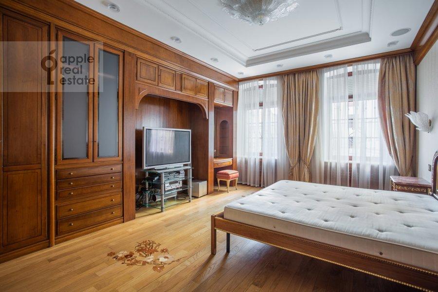 Спальня в 2-комнатной квартире по адресу Сретенка 9