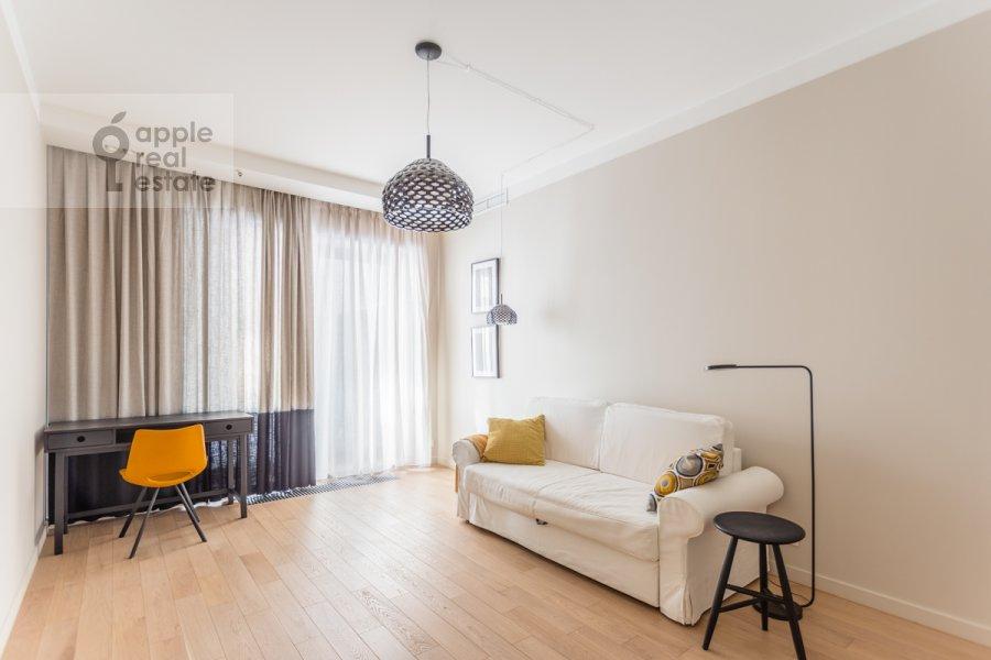 Детская комната / Кабинет в 3-комнатной квартире по адресу Садовая Большая ул. 5к2