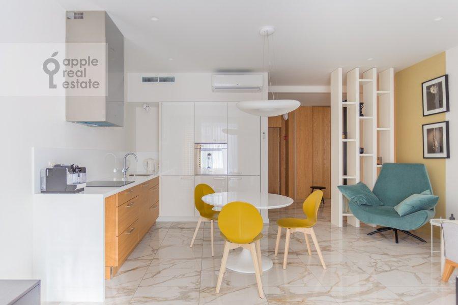 Кухня в 3-комнатной квартире по адресу Садовая Большая ул. 5к2