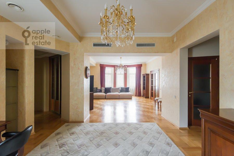 Гостиная в 4-комнатной квартире по адресу Голиковский переулок 5