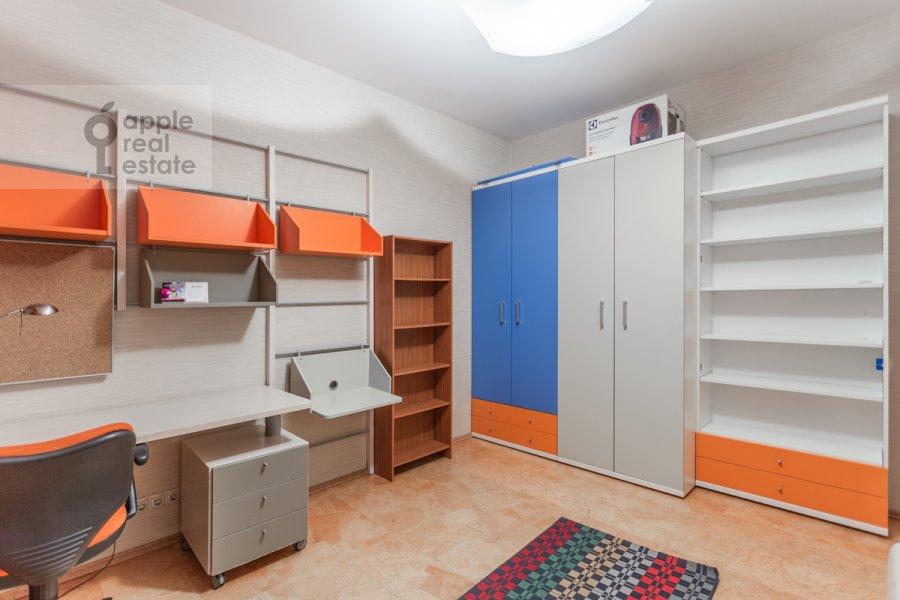 Детская комната / Кабинет в 3-комнатной квартире по адресу Новокузнецкая ул. 3
