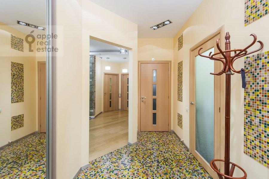 Corridor of the 3-room apartment at Novokuznetskaya ul. 3