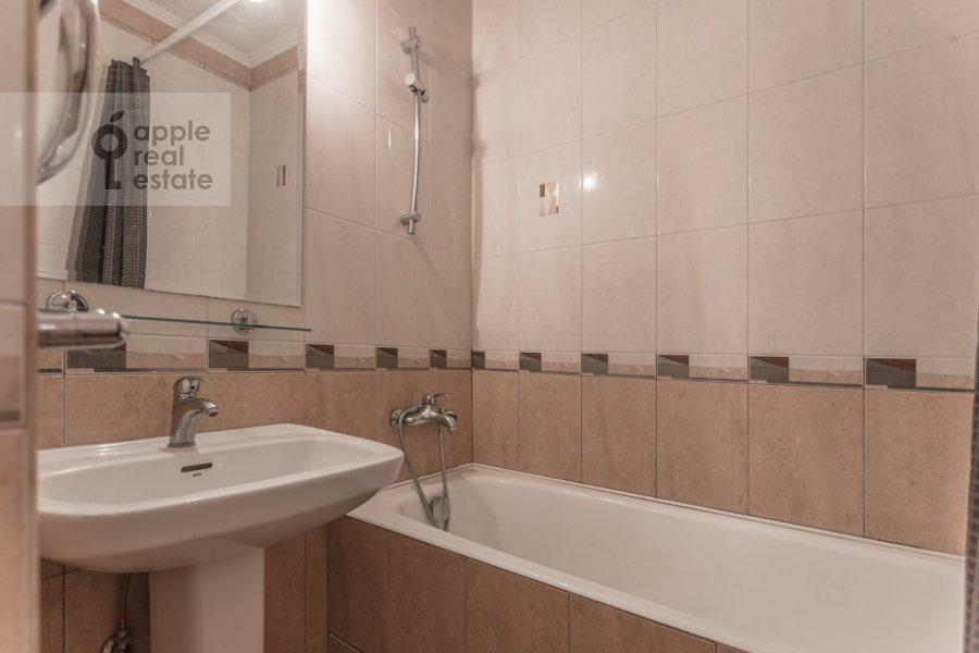 Санузел в 1-комнатной квартире по адресу Большой Тишинский переулок 24