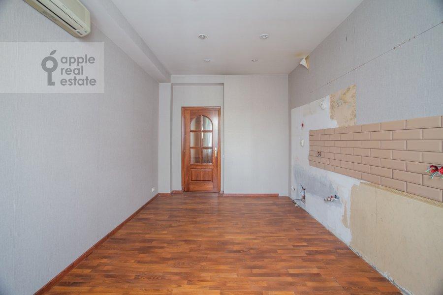 Kitchen of the 6-room apartment at Yakimanka Bol'shaya ul. 17/2s2