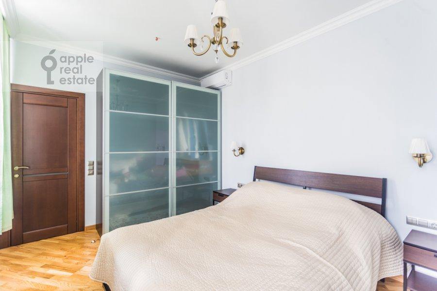 Спальня в 2-комнатной квартире по адресу Докучаев пер. 2с3