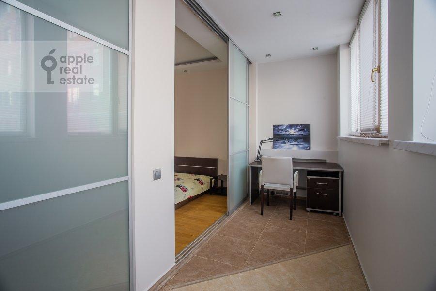 Bedroom of the 4-room apartment at 2-y Shiemilovskiy pereulok 4