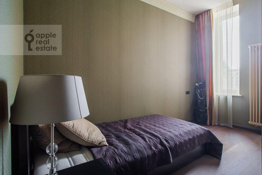 Детская комната / Кабинет в 5-комнатной квартире по адресу Арбат Новый ул. 27