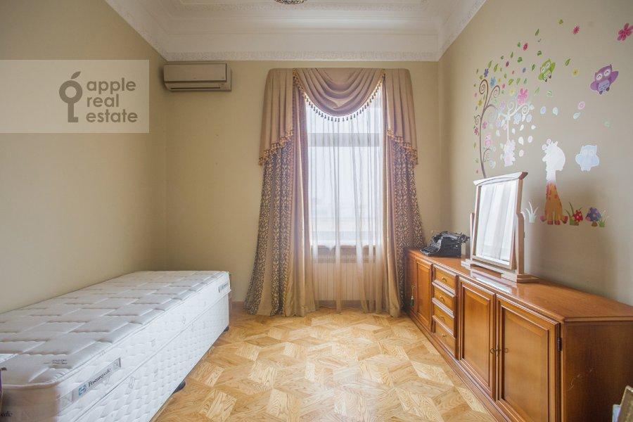 Детская комната / Кабинет в 4-комнатной квартире по адресу Николаева 4