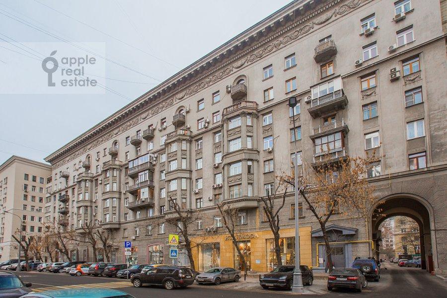 Фото дома 4-комнатной квартиры по адресу Николаева 4