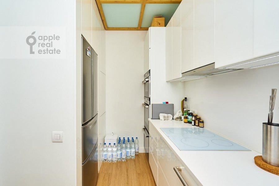 Kitchen of the 3-room apartment at Stanislavskogo ul. 11