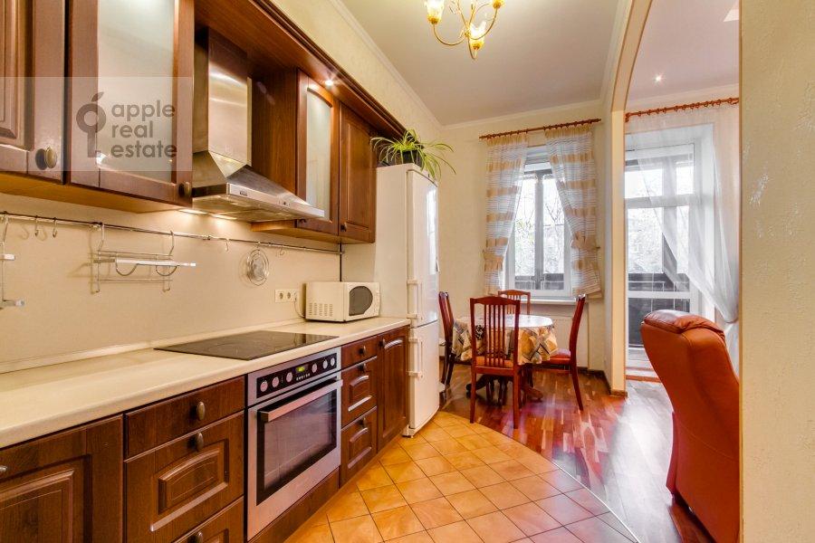 Кухня в 3-комнатной квартире по адресу 4-й Крутицкий пер. 14
