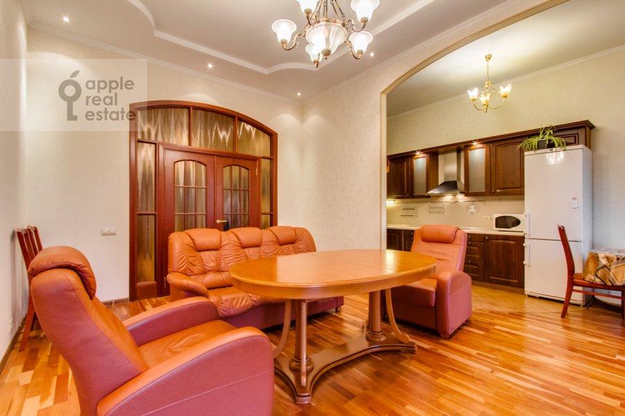 Гостиная в 3-комнатной квартире по адресу 4-й Крутицкий пер. 14