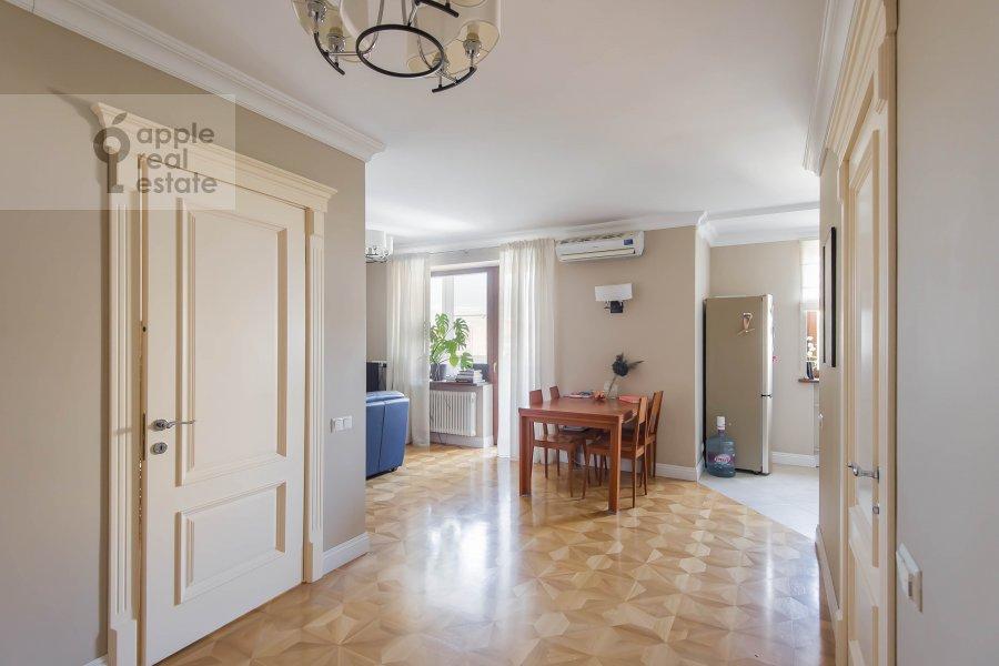 Corridor of the 2-room apartment at Gagarinskiy per. 27