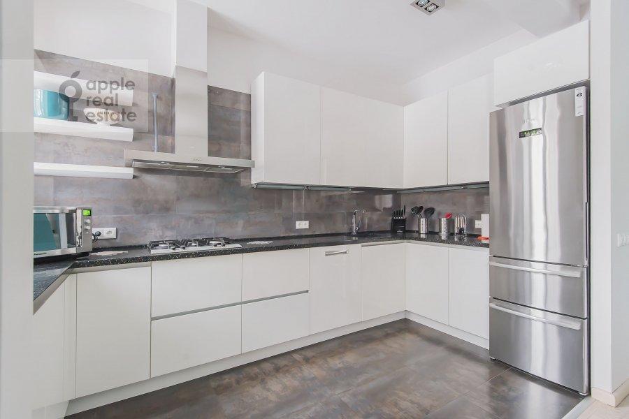 Кухня в 3-комнатной квартире по адресу Кутузовский проспект 23