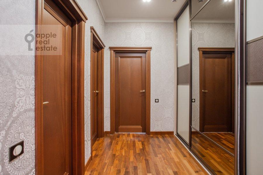 Corridor of the 4-room apartment at Tsvetnoy bul'var 2