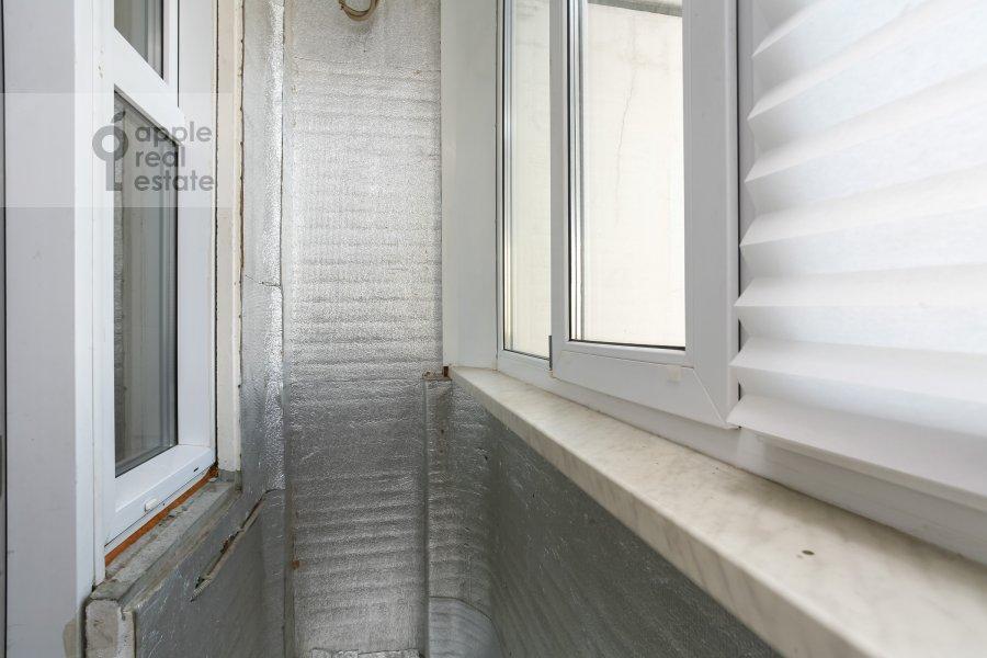 Balcony / Terrace / Loggia of the 3-room apartment at Sokolinoy Gory 8-ya ul. 8k2
