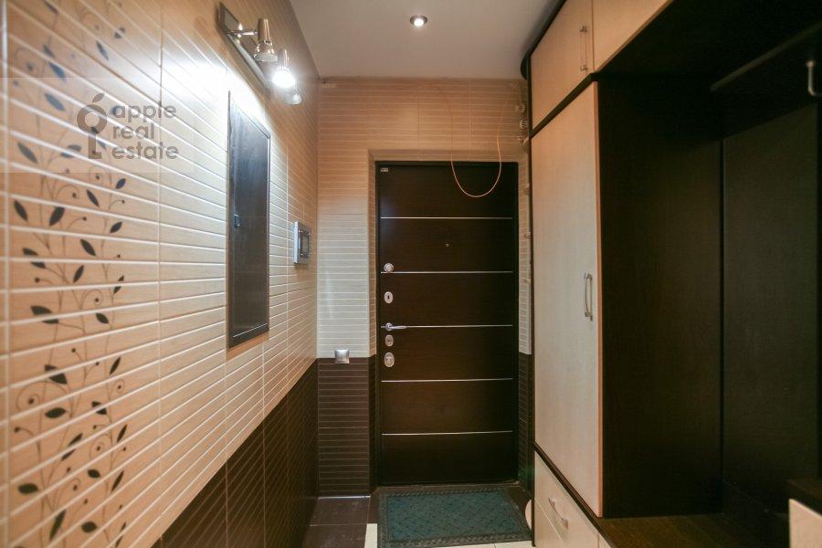 Corridor of the 3-room apartment at Sokolinoy Gory 8-ya ul. 8k2