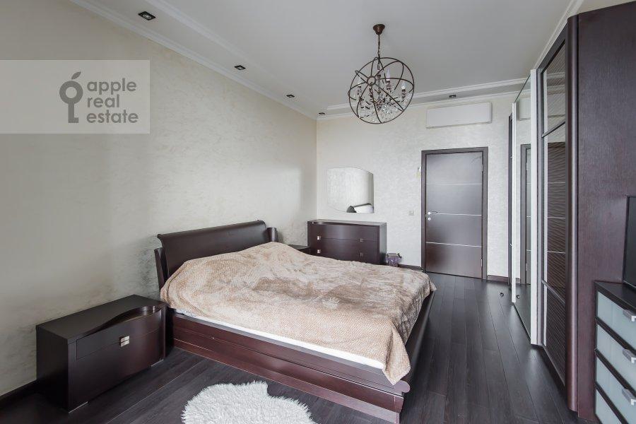 Bedroom of the 3-room apartment at Vernadskogo pr-t. 105k4