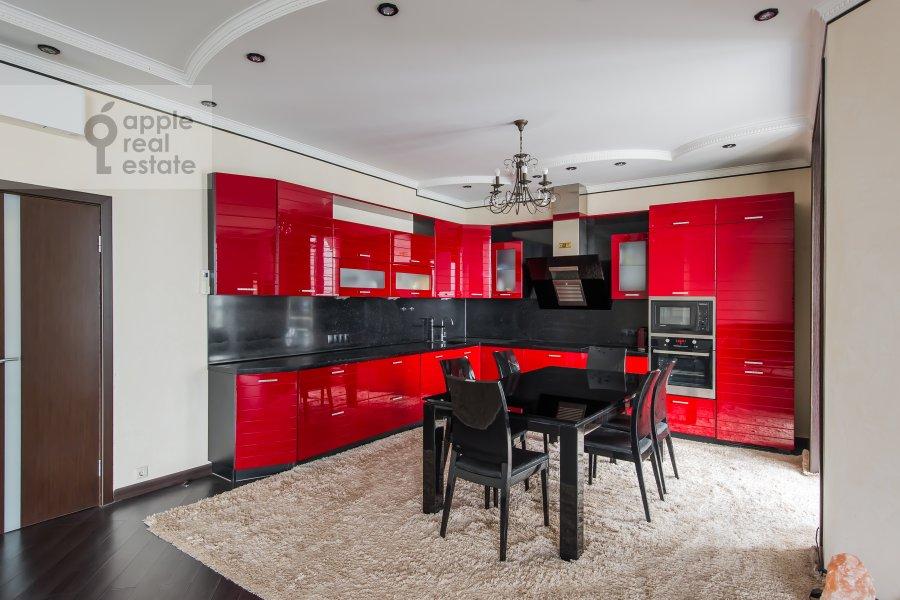 Kitchen of the 3-room apartment at Vernadskogo pr-t. 105k4