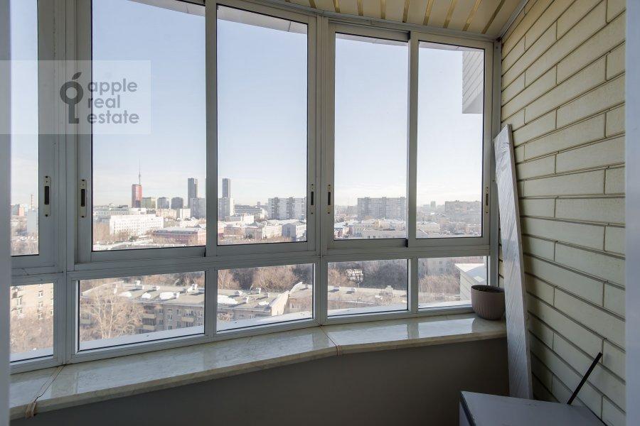 Балкон / Терраса / Лоджия в 4-комнатной квартире по адресу 2-я Квесисская ул. 20к1