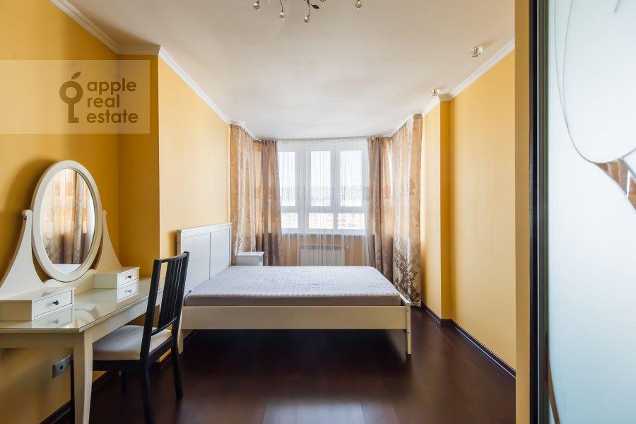 Спальня в 4-комнатной квартире по адресу 2-я Квесисская ул. 20к1