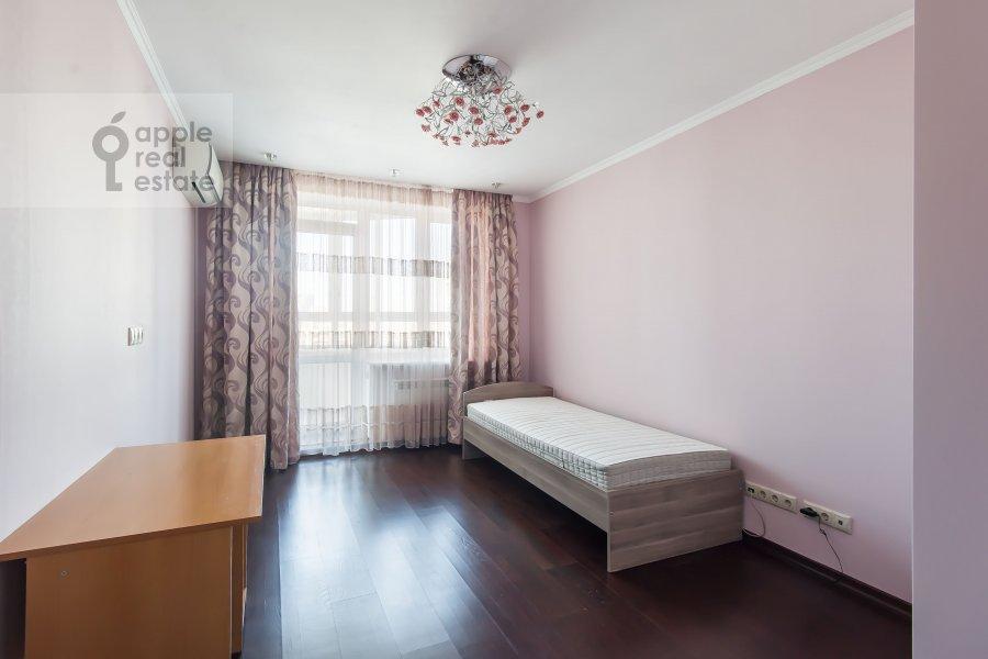 Детская комната / Кабинет в 4-комнатной квартире по адресу 2-я Квесисская ул. 20к1