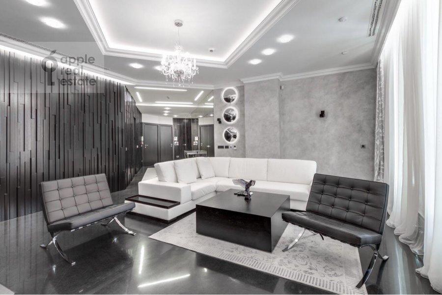Living room of the 3-room apartment at Tsvetnoy bul'v. 2k1