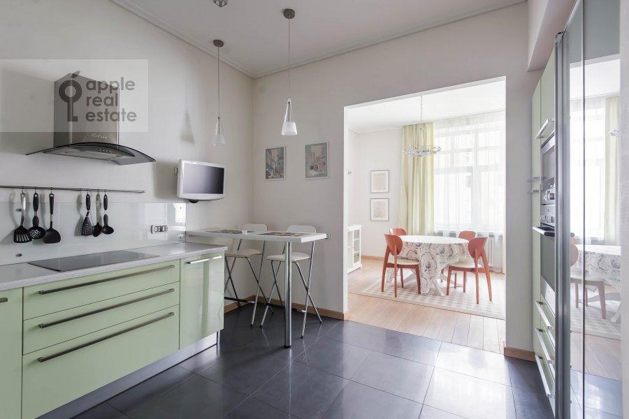 Kitchen of the 2-room apartment at Malyy Novopeskovskiy pereulok 8