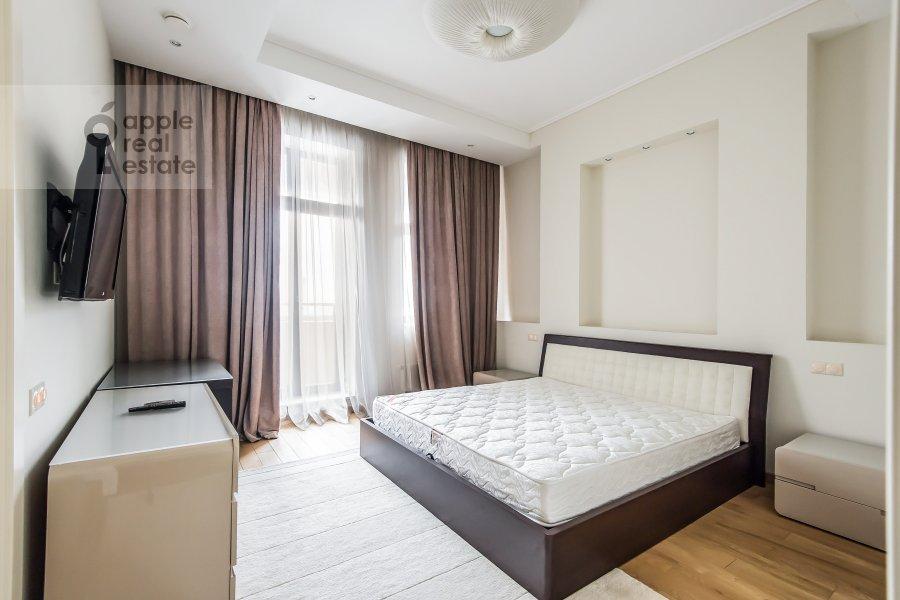 Bedroom of the 2-room apartment at Polyanka Malaya ul. 2