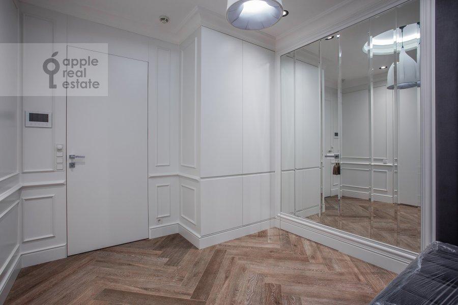 Corridor of the 2-room apartment at Pogodinskaya ul. 4